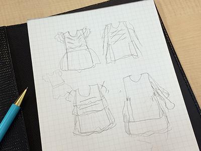 服飾のラフデザイン
