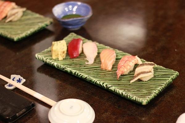 寿司の画像:ソニックムーブ